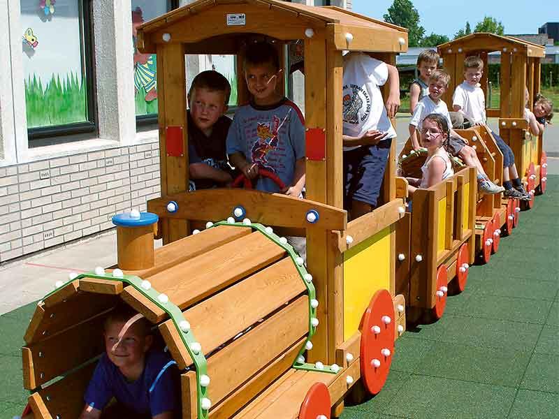 Petit train faisant partie de la gamme Jeux à Thème de Play Outdoor